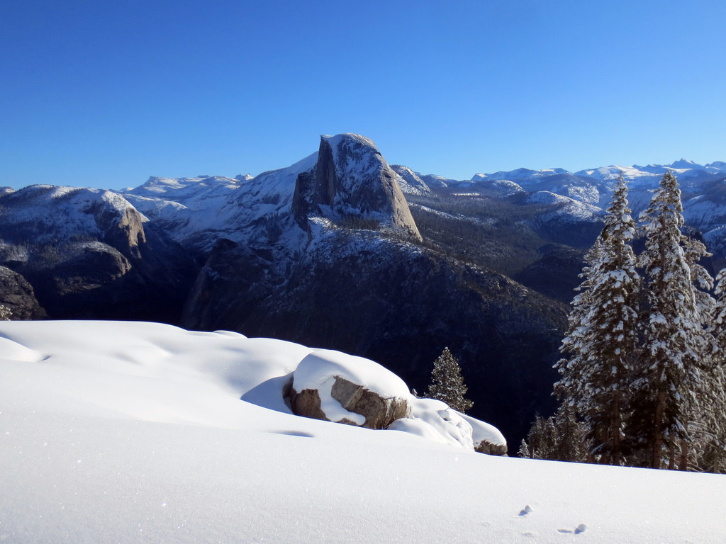 weather yosemite national park march